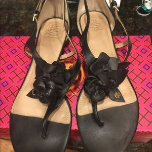 AUTHENTIC Tory Burch Blossom Sandals